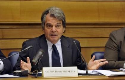 """Brunetta: Costi politica, """"Indennità parlamentari sia uguale a loro reddito pregresso"""""""