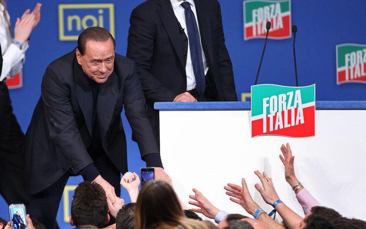"""In Lavori Berlusconi Che Pace Al Forza Italia """"lasciamo Brunetta qHwYSB"""