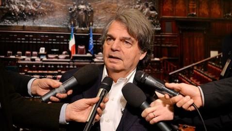 """GOVERNO: BRUNETTA, """"SPREAD ALLE STELLE, BORSA IN ROSSO, ITALIA ISOLATA, PRIMI RISULTATI DELLA POLITICA DEL 'ME NE FREGO' SALVINI-DI MAIO"""""""