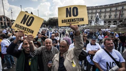 """BOLKESTEIN: FORZA ITALIA, """"DALLA PARTE DEI BALNEARI, CONTINUEREMO NOSTRA BATTAGLIA IN DIFESA DEL DIRITTO DI FARE IMPRESA, GOVERNO CONTE DA CHE PARTE STA?"""""""